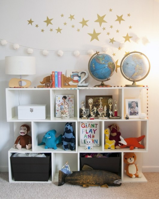 Home of Kristin Grove via Style Me Pretty. Photo by Allison Corona.