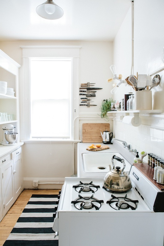 Kitchen. Home of Kate Davison + Jesse Hayes via This is Brick + Mortar. Photo by Colin Price.